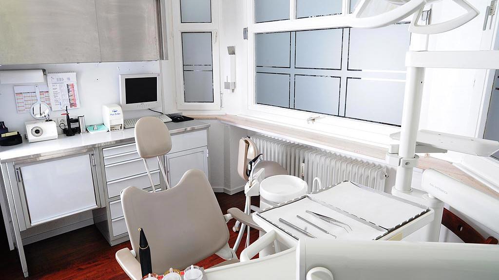 Zahnärztliche Gemeinschaftspraxis Enscheder Strasse 1 Foto des Behandlungszimmer 2